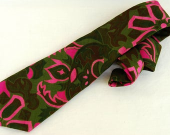 Vintage Abstract Hawaiian Mens Tie Floral Neon Pink Green Necktie 70s Clothing by Thai Silk