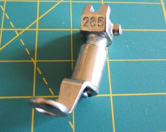 Bernina Old Style Presser Foot #285 Free Motion Darning GENUINE SWISS BERNINA