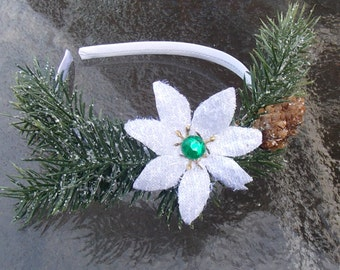 Frosty Fir Christmas Fascinator, Holiday Crown with Fir Sprays and White Poinsettia, White and Green Christmas Headpiece, Festive Yule Crown