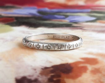 Antique Edwardian Wedding Band Circa 1918 Floral Eternity Wedding Stacking Ring Platinum Size 8
