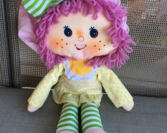 Vintage 1981 KENNER Strawberry Shortcake Raspberry Tart Rag Doll
