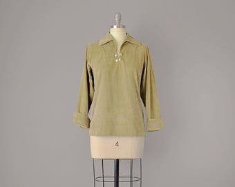 50s Top // 1950's Sage Green Velvet Blouse w/ Silver Buttons // S-M