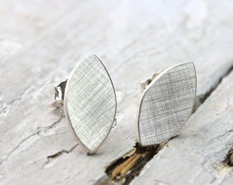 Studs ellipse 925 Silver Oval disk, modern earrings 7 mm x 14 mm