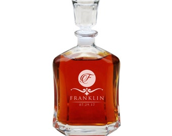 Wedding Gifts for Couple, Whiskey Decanter, Personalized Decanter, Groomsmen Gift, Engraved Decanter, Personalized Whiskey Decanter