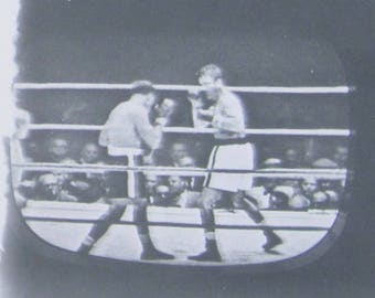 Vintage 1950's Rocky Marciano Heavyweight Prize Fight Television Snapshot Photograph - Free Shipping