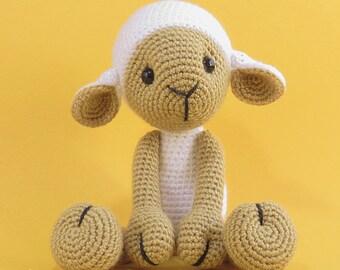 Amigurumi Sheep - Crochet Lamb / Stuffed Animal, plushie. LISA the sheep / White. Ready to ship.