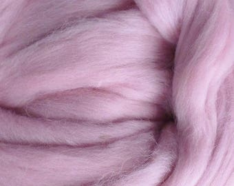 Dyed Merino - Dusty Rose - Solid color commercial dyed - combed top roving spinning felting fiber fibre arts - soft pink purple
