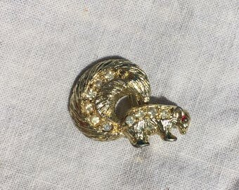 1950s Vintage Nemo Stinky the Skunk Brooch, 1955 Gold Tone w/ Rhinestones Skunk Pin