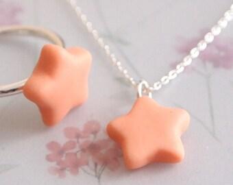 Porcelain chain little star
