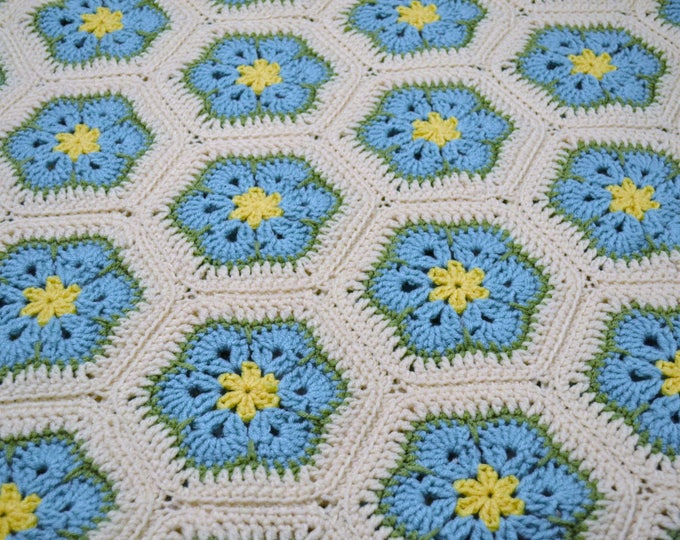 Crochet Afghan Blanket Aqua Turquoise Blue Yellow Green White African Flower Granny Square Handmade PanchosPorch