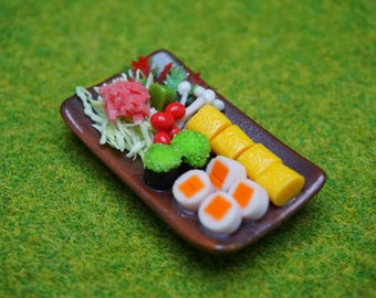 Miniature Foods,Japanese Sushi in wooden box, magnet, tiny,decoration