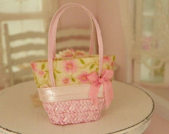 dollhouse miniature straw bag-Barbie and Blythe size ,scale1/6