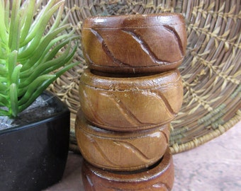 Vintage Wooden Carved Napkin Rings Set of 4, Tribal Napkin Rings Wood Napkin Rings Primitive Kawaii Style