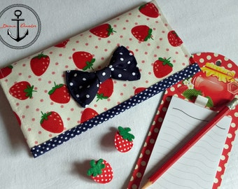 STRAWBERRY money purse - cards and money
