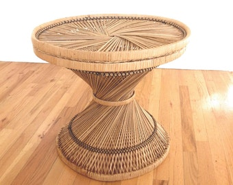Superb Vintage 60u0027s/70u0027s Wicker End Table/Coffee Table  Medium Size, Natural Wicker