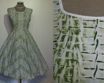 "Fantastic 1950s novelty print crocodile hide cotton full skirted day dress bust 36"""