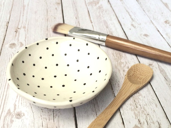 Handcrafted Face Mask Bowl with Bamboo Brush and Spoon.