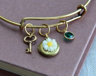 Locket Bracelet, Locket Bangle Bracelet, Personalized Bangle Bracelet, Initial Bracelet, Daisy Locket Bracelet, Initial locket,Gift for Girl