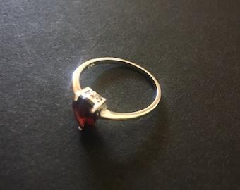 Vintage Garnet Sterling Silver Ring