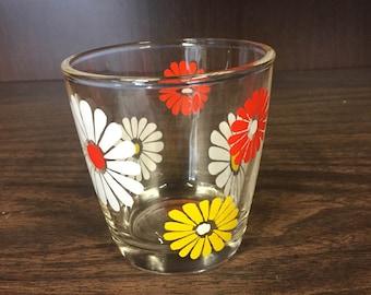 Vintage Hazel Atlas Sour Cream Glass Red/Yellow/White Daisy Flowers