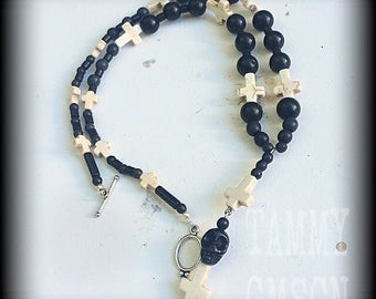 Baron Samedi Voodoo Loa Black Skull and inverted stone cross necklace 'Samedi' Black and Dirty White Howlite Stone Rosary Bead Necklace