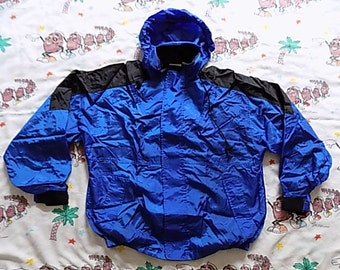 Vintage 90's Marlboro Unlimited nylon Weatherproof Jacket, size Large all terrain coat