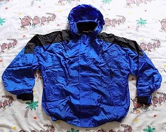 Vintage 90's Marlboro Unlimited nylon Weatherproof Jacket, size Large all terrain coat
