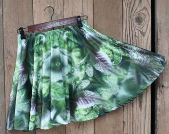 Marijuanna Clothing, Womens Running Skirt, Womens Fairy Skirt, Festival Skirt, Clubwear for Women, Rave Skirt, Cannabis Skirt, Skater Skirt