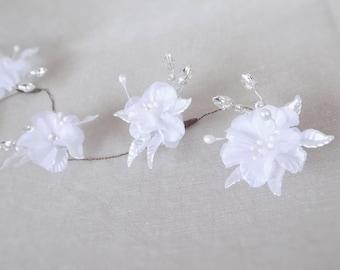 White Hibiscus Flower & Preciosa Diamante Crystal Hair Vine