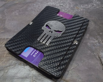 Silver Skull Carbon Edition. Holstex EDC Tactical Wallet Carbon Fiber Texture. Multi tool and money clip.