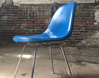 Mid century modern chair Eames shell chair herman Miller pkw chair mid century accent chair
