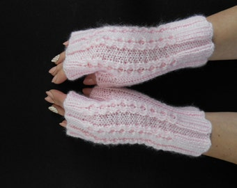 Fingerless Mittens (gloves)/Arm Warmers with arans/cables
