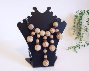 Wooden necklace Aarikka Finland style // Natural beaded wood necklace// Vintage 70s necklace