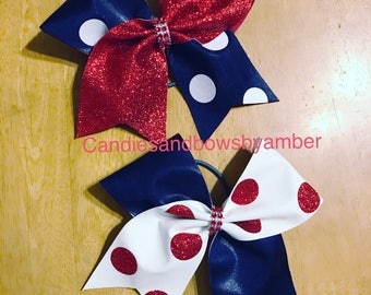Tic toc with glitter polka dots