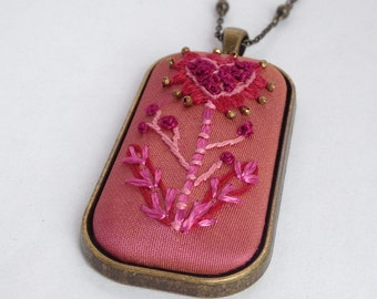 Romantic Valentine Jewelry / Tiny Heart Necklace / Valentine Necklace / Romantic Necklace / Unique Heart Necklace / Valentine Gift For Her