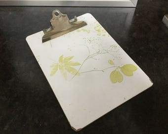 National laminated clipboard vintage avocado green leaf pattern 70s