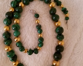 Malachite and Gold Bead Necklace; Vintage bead Necklace