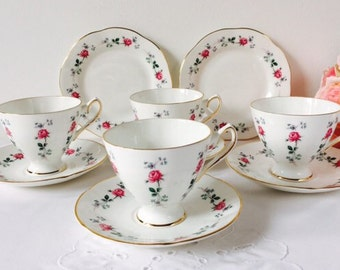 Clare China Rosebud Teacups & Saucers, Staffordshire, 1960s.