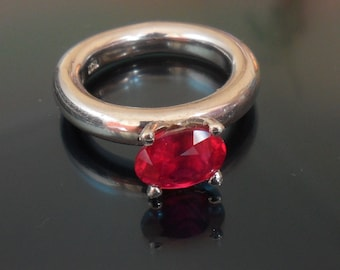 Amazing Ruby ring top fire scintillating 2.7ct blood red