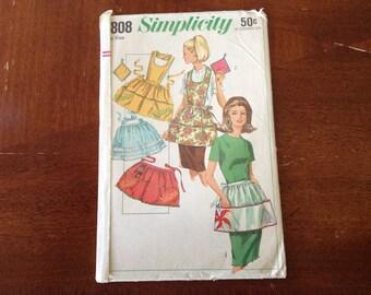 Vintage Simplicity Apron  pattern 6808
