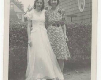 Vintage Black & White Snapshot Photo 1940s Women Dresses Candid