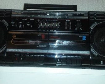 GE 3-5676A AM FM Radio Dual Tape Deck Portable Stereo Boombox 4 Speaker System