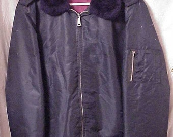 Timber King Security Guard Quilted Jacket with faux fur collar Men's Large