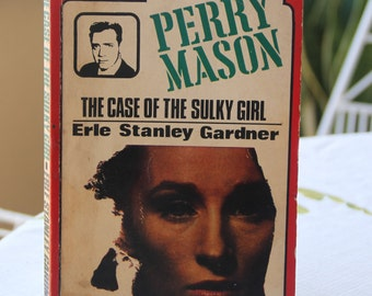 A striking 1960s Consul paperback edition of Erle Stanley Garner's  classic Perry Mason story The Case Of The Sulky Girl