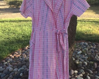 60's Pink Wrap Dress, Shirtwaist  Duster Summer Dress, Empire Waist, High waist, Gingham