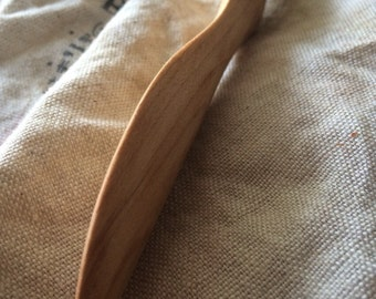 All-purpose wooden knife: hand-crafted, solid maple