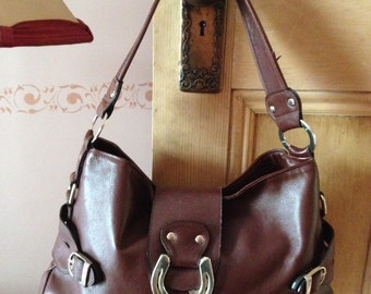 Brown Leather Hobo Bag with short shoulder strap and horseshoe clasp