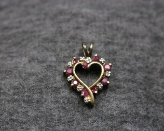 Sterling Silver Vintage Red Stone Heart-Shape Pendant
