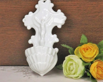 Antique White Holy Water Font Vessel Christ Porcelain Wall Hanging Crucifix