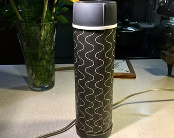 Landers Frary & Clark Universal Thermos article no. 9892B very MOD early 1960's Mint condition